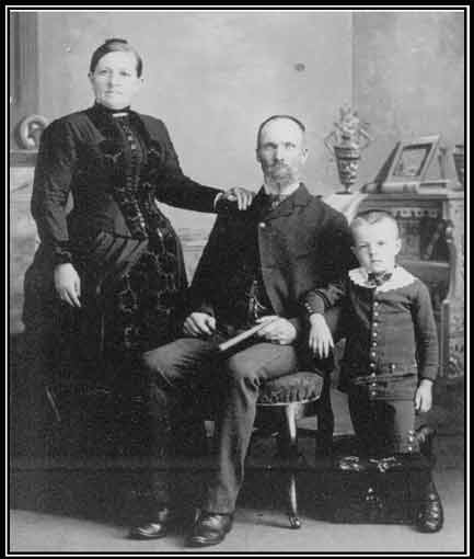 Young Parr, Charlotte Lawson and one son